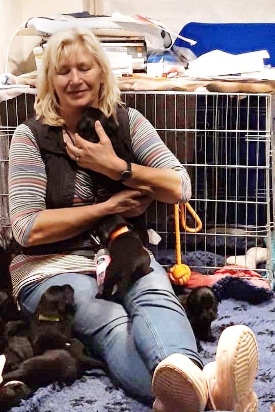 Even lekker knuffelen met myn puppies